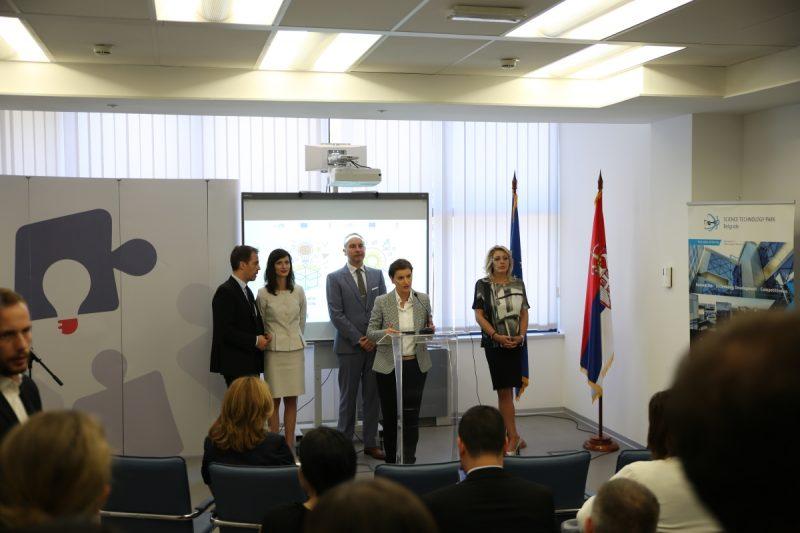 Predsednica Vlade Ana Brnabić i komesarka za digitalnu ekonomiju i društvo posetile su Naučno-tehnološki park Begrad 6