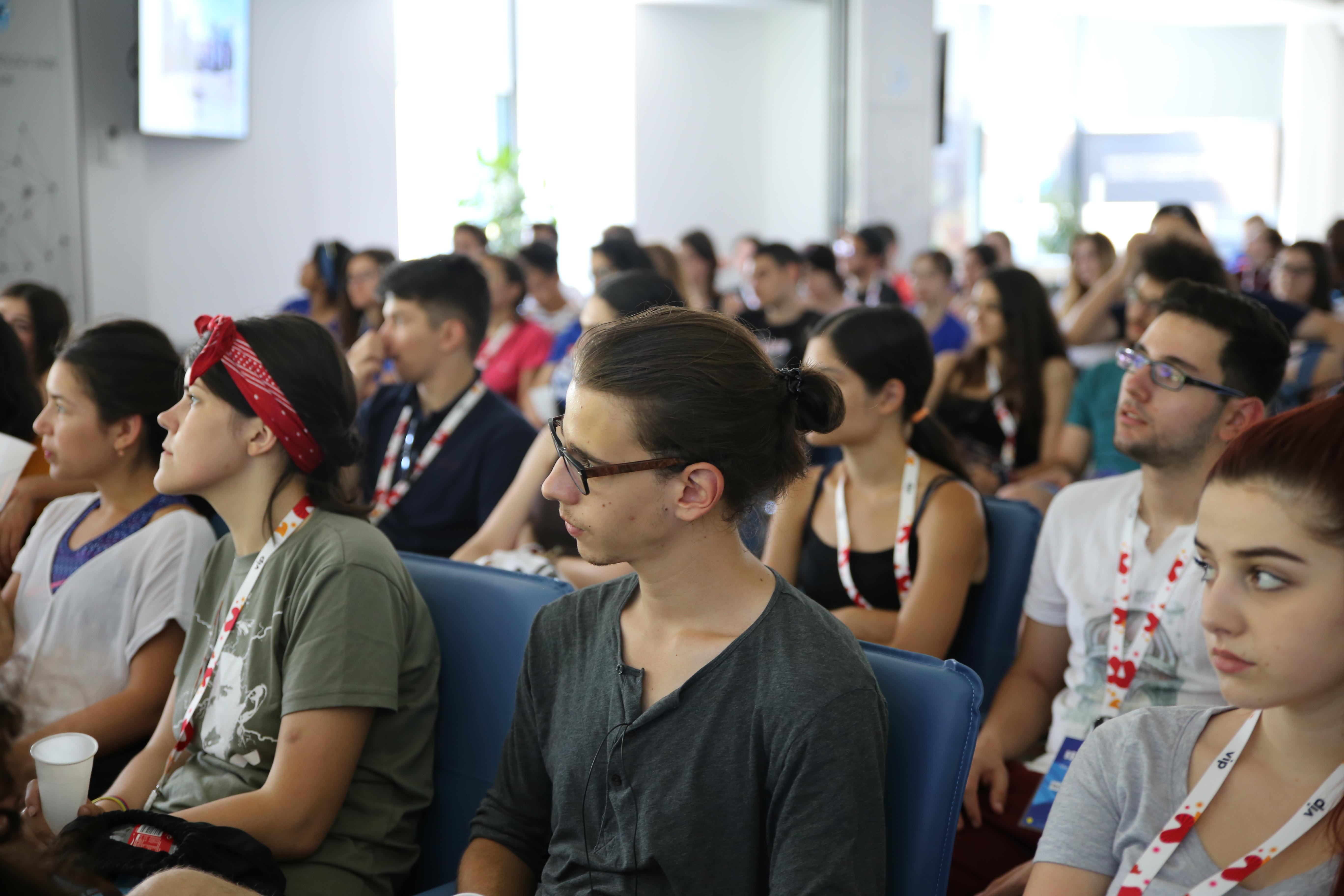 Око 150 студента посетило НТП Београд у оквиру 13. Међународне студентске недеље